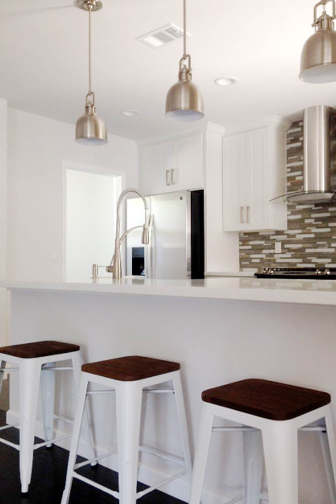 White Shaker Kitchen Counter